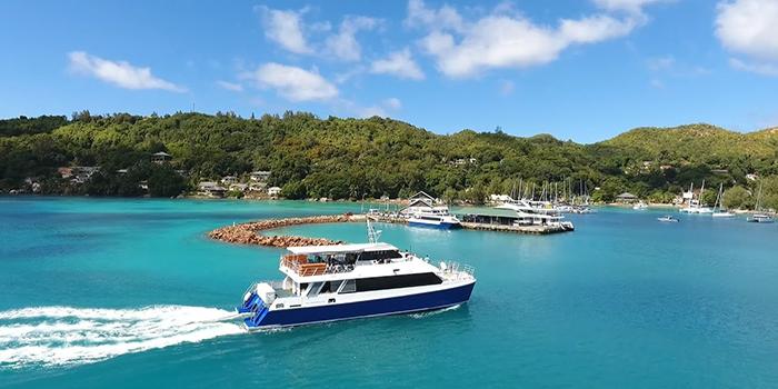 Inter Island ferry Mahe-Praslin